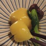 蕎麦茶屋 和久 - 独特の甘さと綺麗な色合い
