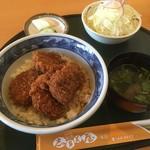 志多美屋本店 - ソースかつ丼(4個入り)