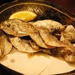 須崎魚河岸・魚貴 - ニロギ素揚げ