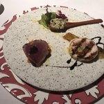 Cantina GIOIOSO - ガランティーヌ(鶏肉の詰め物料理)、焼き青茄子、戻り鰹のカルパッチョ、お米にバルサミコ酢、サマートリュフで味付けした前菜