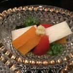 92371098 - 南京、長芋、赤パプリカ、若布、生姜の酢の物