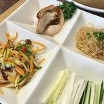 恵泉 - 春餅セットの日替わり料理