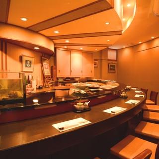 ★大将との会話を楽しむカウンター席で本格寿司をご堪能ください
