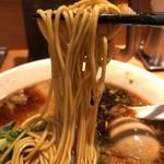 シロマルベース - 中州ブラックの中細ストレート麺