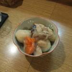 立ち呑み屋さん とも - 里芋の煮物