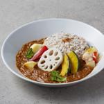 フタバフルーツパーラー - ゴロゴロ野菜のフルーツカレー