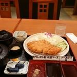 レストラン三谷 - 料理写真:ふくいポークのロースかつ膳