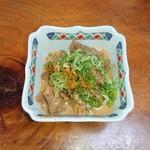 三楽 - どて煮