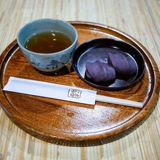 赤福 - 料理写真:■赤福盆 210円