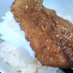 つけ麺 一翔 - こっこれは!!ON!THE!ライス! 肉寿司や!!