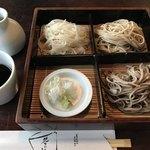 茶の子 - 料理写真:三色そば