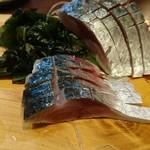 鮮魚酒場 たくみ食堂 - 自家製〆さば