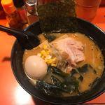 バンブー - 料理写真:味噌ラーメン+味玉