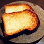Sincere + - 焼き立てブリオッシュは、お一人様1個まで。