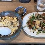 麺屋 椿丸 - 半炒飯と限定のレバニラ炒め