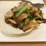 modern style china 満寿園 - 料理写真:青森県産いかと帆立の 辛山椒炒め