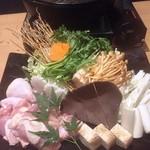 地鶏専門個室 瀧口 - 鶏のすき焼き