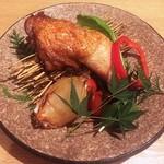 地鶏専門個室 瀧口 - 鶏の燻製