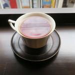 サルトリイバラ喫茶室 - 薬膳ランチ:豆おこわ ポーチドエッグをトッピングで+薬膳スープ(かぼちゃのポタージュ)+本日の紅茶:愛知の後藤さんの豊橋紅茶 あさつゆ4