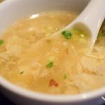 中国菜 膳楽房 - 【牛肉とささげの香辣炒め@税込950円】スープ:八角がすこぶる効いております。クセが強い。