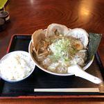 香湯らーめん - 料理写真:塩ワンタンチャーシュー麺 ランチ半ライス付き 1080内