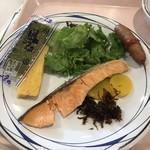 宮崎カーフェリー - 料理写真:朝食おかず