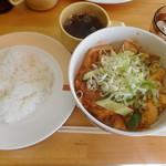 Ciel - ジャンボ焼(豆腐と豚肉の煮込み)ライス・スープ付き ¥750-