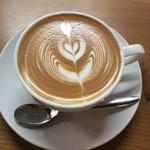 Coffeestand Blackie - ラテ