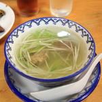 味の牛たん 喜助 - テールスープ