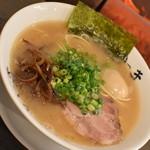 博多長浜らーめん いっき - らーめん(650円)+味玉(100円)2018年8月