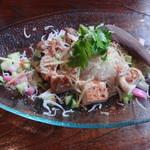 ディッシュマジックアタゴ - チキンとシラスとかまぼことキュウリのちらし寿司