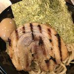 Marukinhompo - つけ麺並   こんな量とはつゆ知らず。