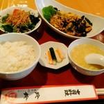 玲鈴 - 豚肉ときくらげのピリ辛卵炒め 税込850円