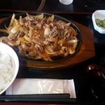 焼肉 つどい - 牛バラ焼き定食(肉大盛り)