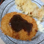 92432346 - 野菜コロッケと、エリンギと豚肉の天ぷら