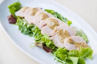 ワロスロードカフェ - 鶏ハムサラダ