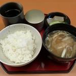 串処 最上 - ごはん、お味噌汁、香の物