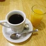 92434947 - スペシャルモーニング(ブレンドコーヒー、オレンジジュース)