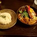 92448564 - 豚角煮と野菜