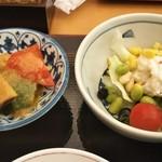 92451042 - 温野菜とサラダ