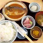92453284 - さばのみそ煮(¥1000)。この日は鮭ハラス汁でなく、普通の味噌汁でした