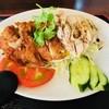 新 海南鶏飯 - 料理写真:ハーフ&ハーフで欲張れる!