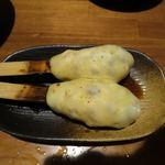 鬼てんぐぅ - チーズつくね(2本)¥324