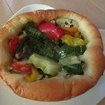 マルシェ オ パン  - バジルチキンと夏野菜のパン ¥200