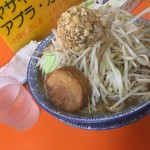 ブタキング - 大ラーメン醤油830円、ニンニク増し増し、アブラ・カラメ増し