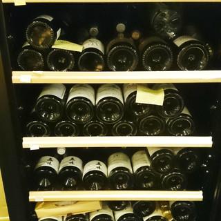 オーナーソムリエの選ぶ日本と世界のこだわりワイン達。