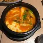 チャンチ - 野菜スンドゥブ(3種キノコ) 830円