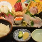 日本海庄や - お刺身たっぷり