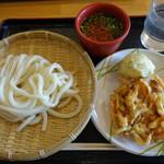 キリン - 料理写真:ざるうどん(280円)、野菜かき揚げ(90円)