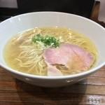 町田汁場 しおらーめん進化 - 料理写真: